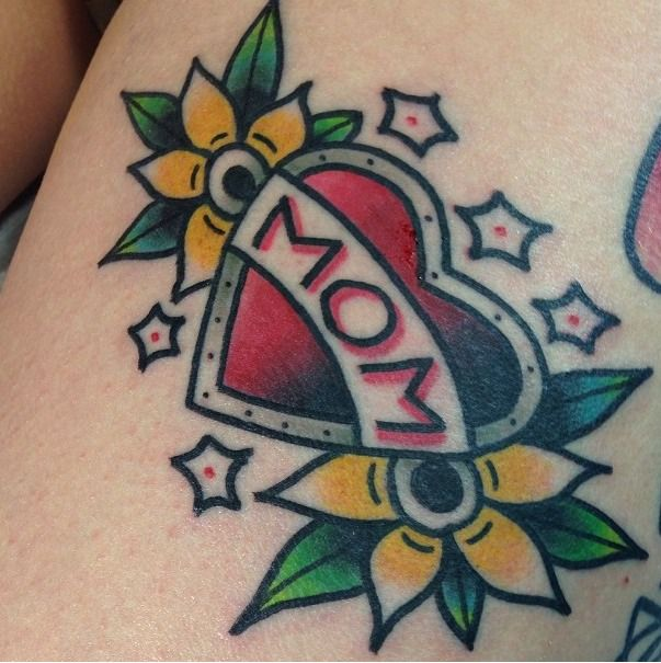 "Traditional Style ""mom"" Tattoo"