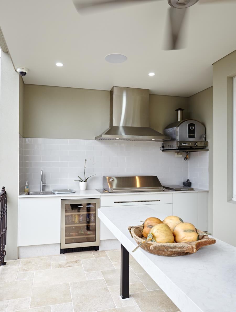 The Outdoor Kitchen Waterproof Outdoor Kitchen Kitchen Kitchen Cabinets