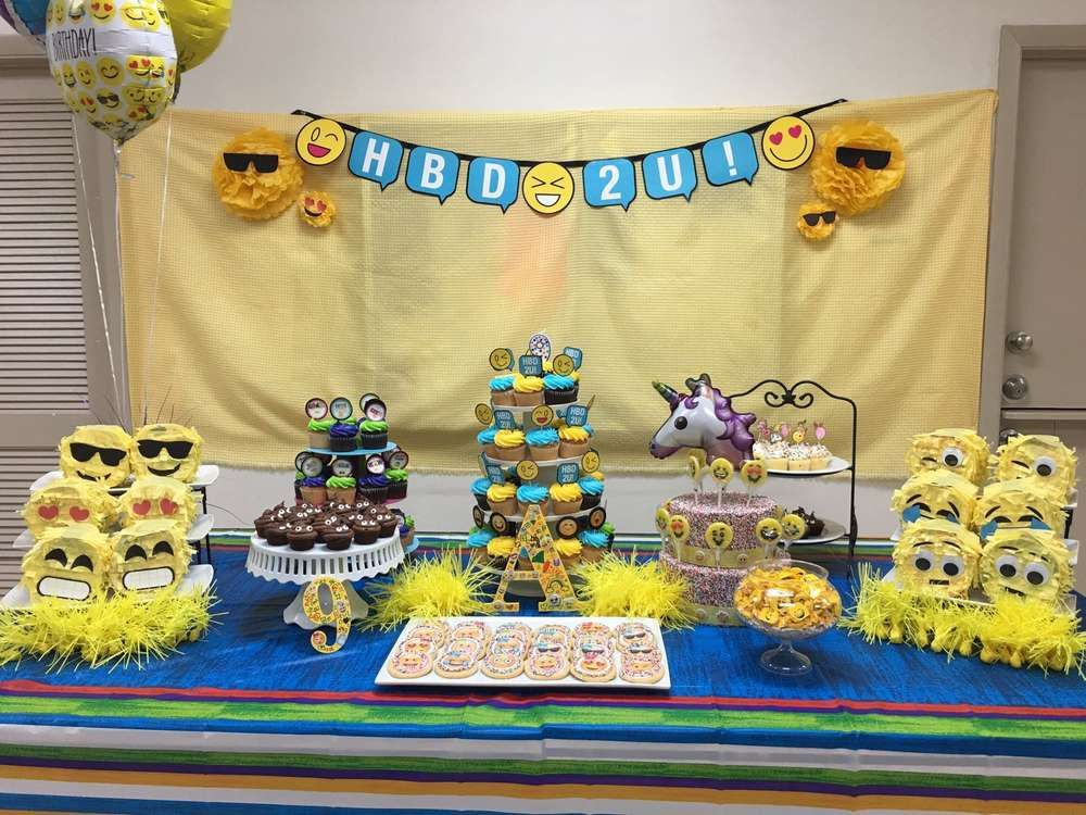 Check Out This Awesome Emoji Birthday Party Love The Little Pinhatas See More Ideas And Share Yours At CatchMyParty