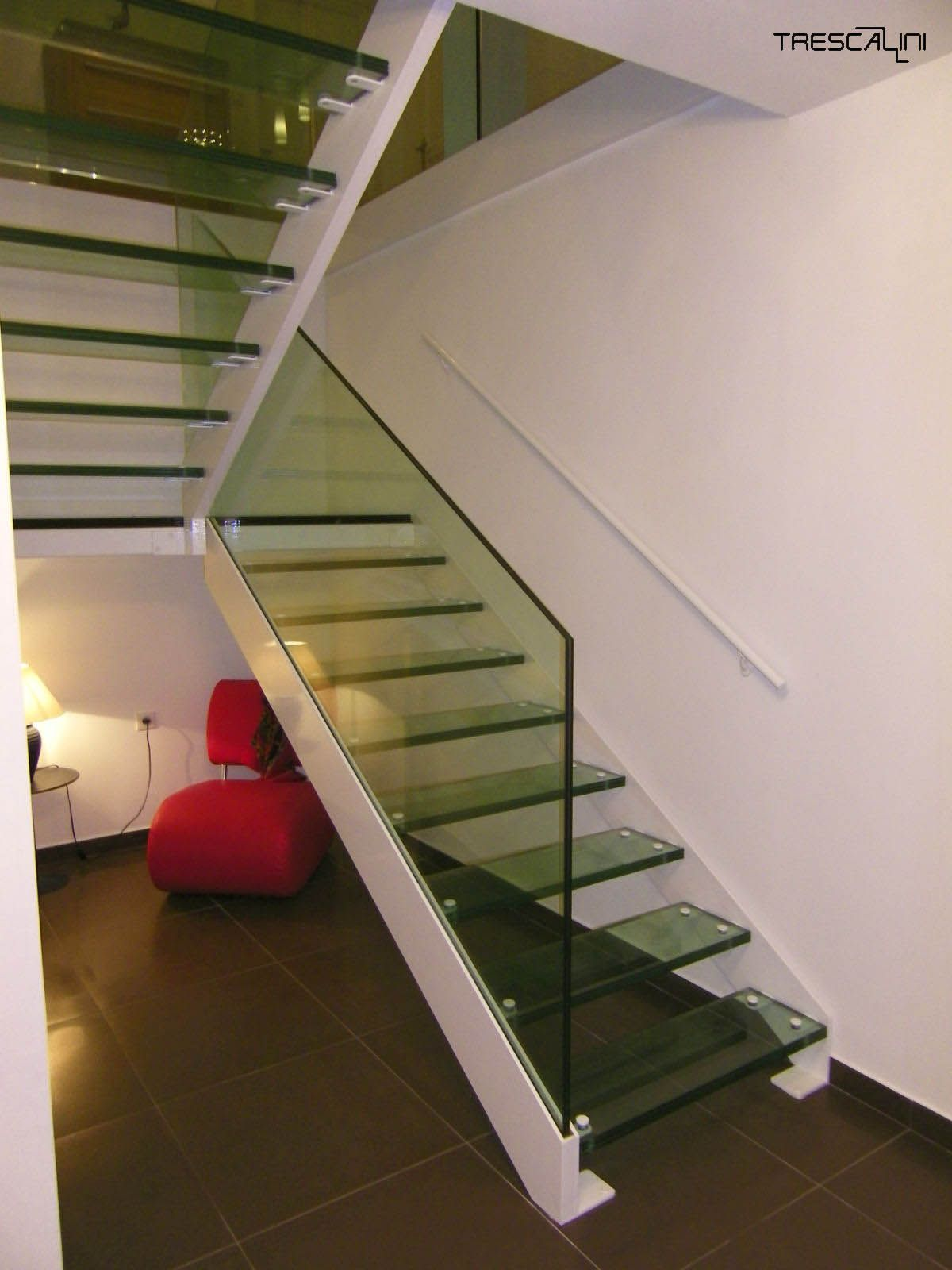 Best Elite Painted Steel Glass Glass Staircase House 400 x 300