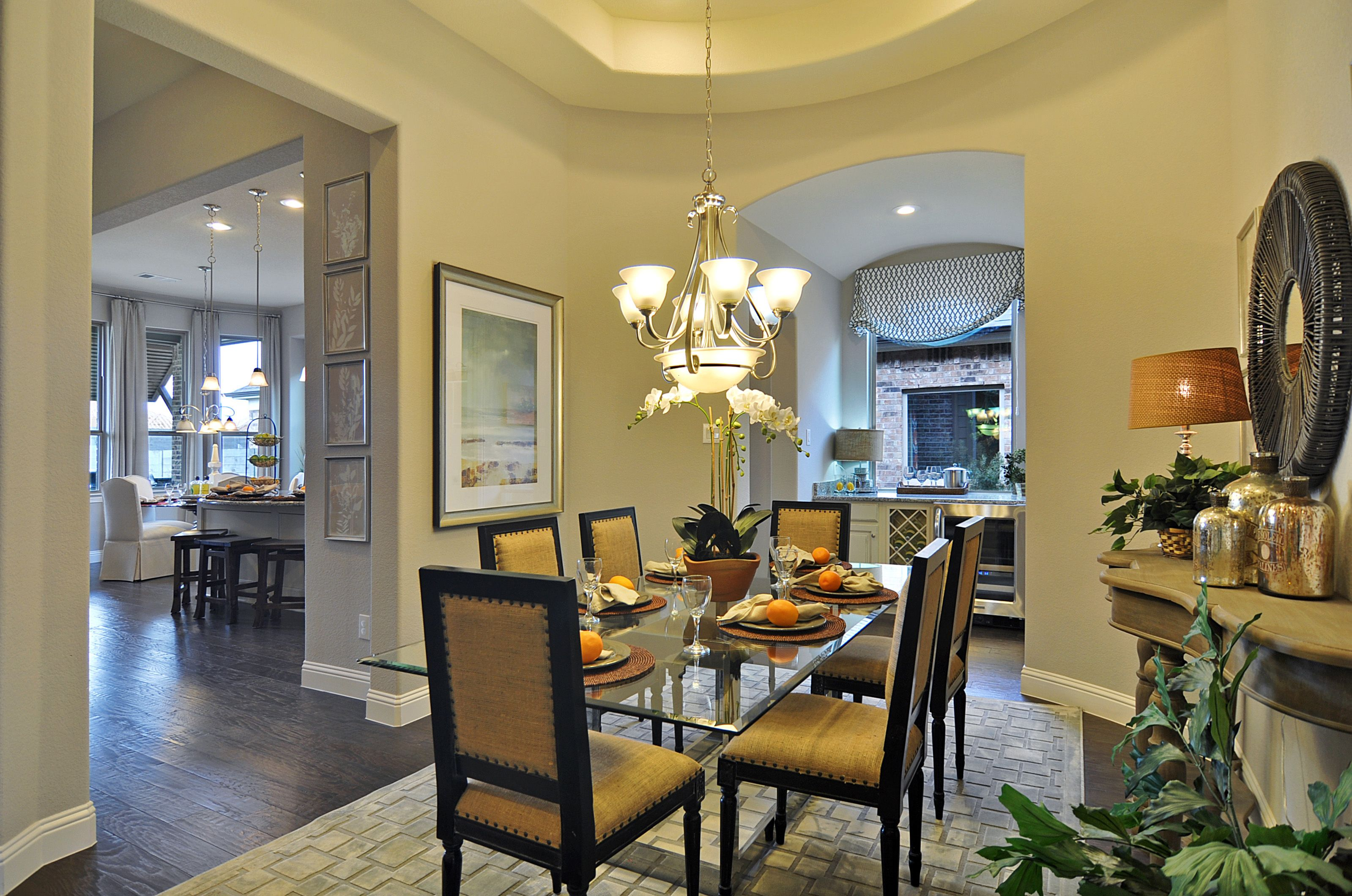 A Formal Dining Rooms Steps Away From The Kitchen And Living Area Plantationhomes