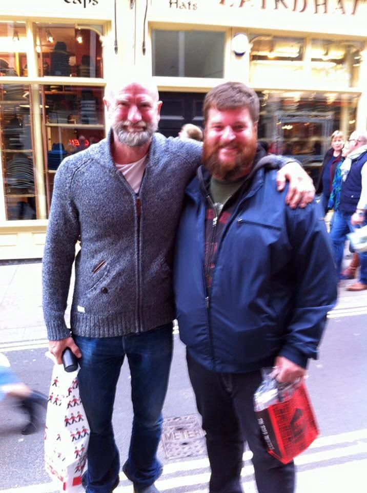Such a wonderful surprise, meeting @grahammctavish in London. Thank you for the picture, sir! pic.twitter.com/gI93BECT4W