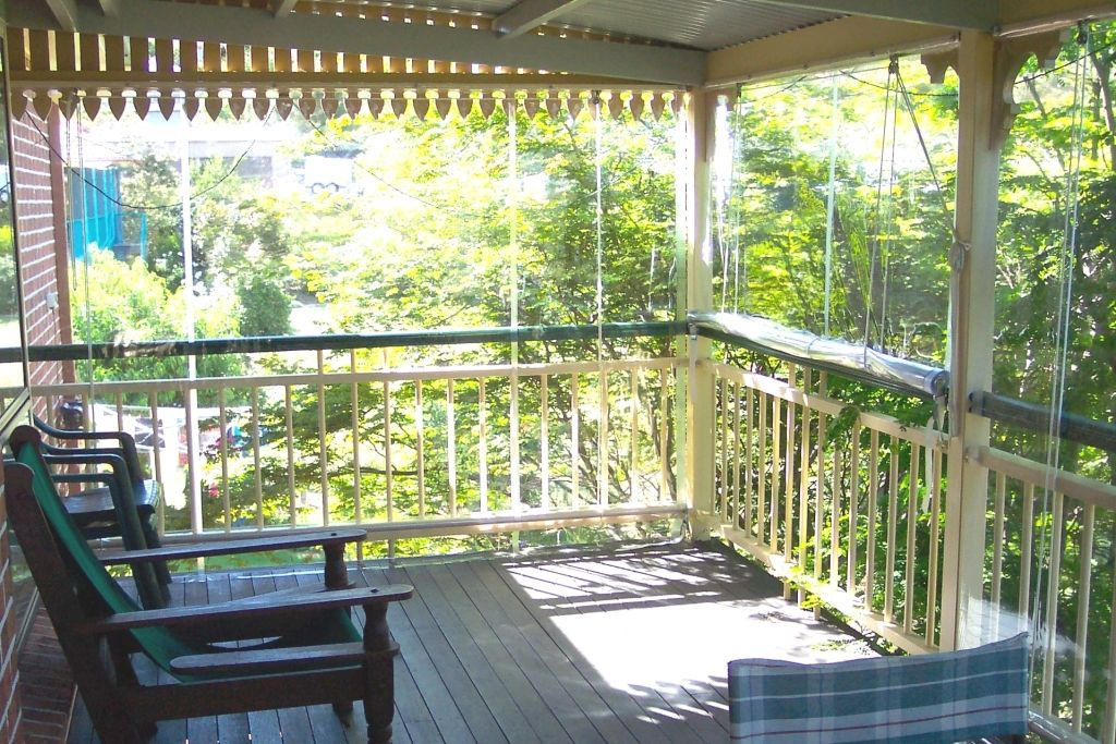 Wind Protection For Decks Clear Pvc Plastic Blinds Clear Bistro Blinds Toowoomba Shadeview House Blinds Patio Blinds Brown Vertical Blinds