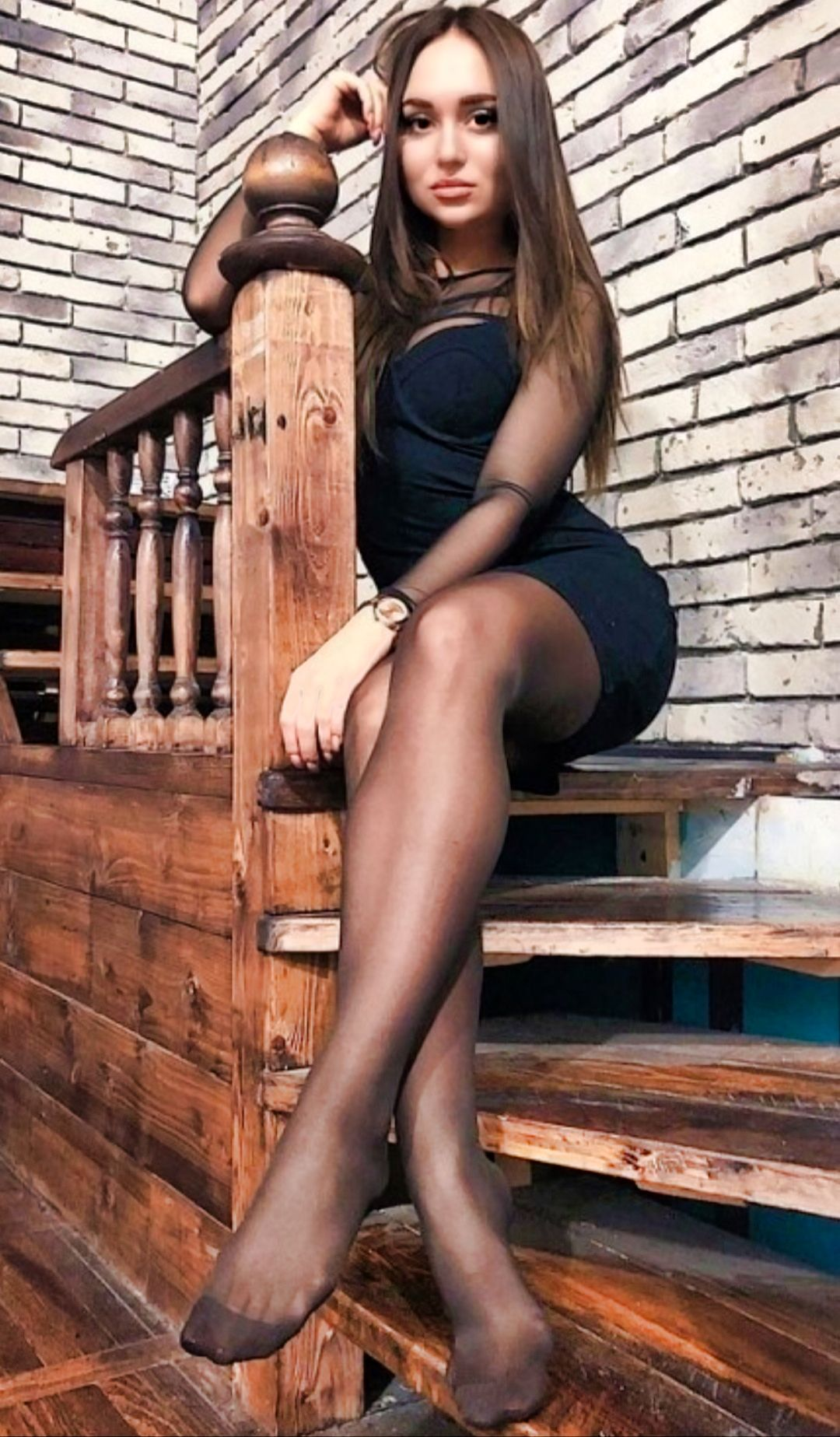 Pin de arch en Stockings legs and heels 15 | Sirvienta