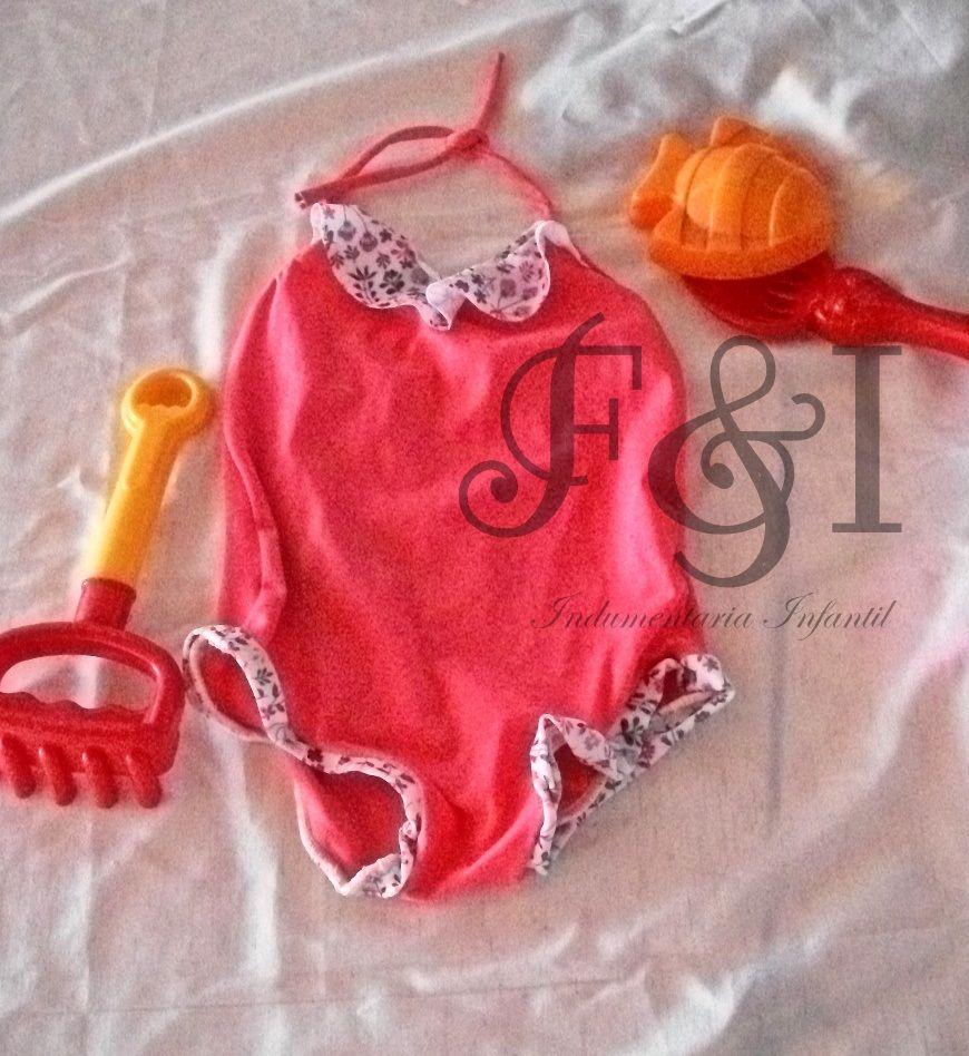malla/traje de baño con volados para niña en coral