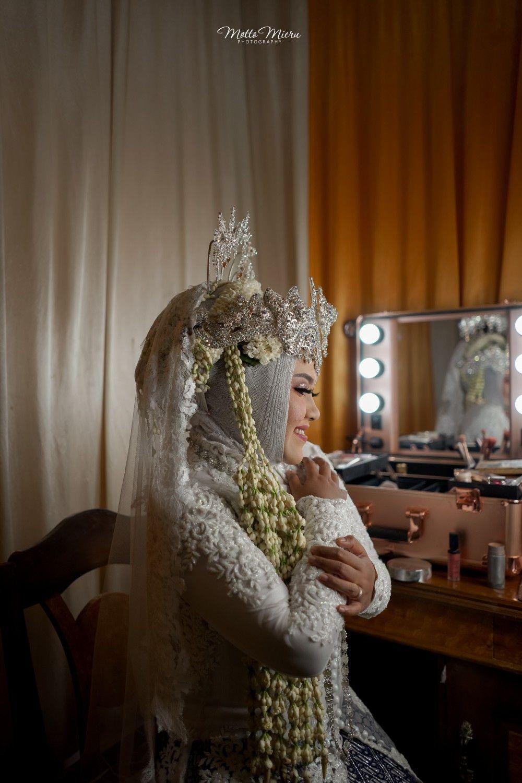bit.ly/Mottomieru#mottomieru  #mottomieruphotography  #wedding  #wedding #weddingday #weddinginspirasi #idepernikahanindonesia #weddingnusantara#mottomieru   #postwedding #pascawedding #prewedding #preweddingtegal   #wedding #weddingday #weddingtegal #weddingjakarta #weddingbrebes #weddingpemalang #inspirasipernikahan #indonesianwedding #traditionalwedding #weddingkece #weddingphotographyideas  #idepernikahanindonesia