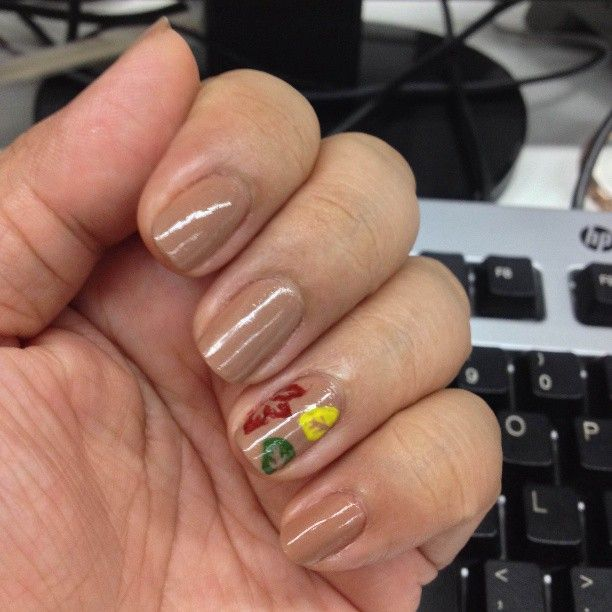 My birthday falls on the day after the Autumn solstice, so I figured a Fall-themed manicure would be appropriate. Thank you, @cutepolish for the tutorial. September 22, 2013. #ManicureMonday #nails #nailpolish #nailart #manicure