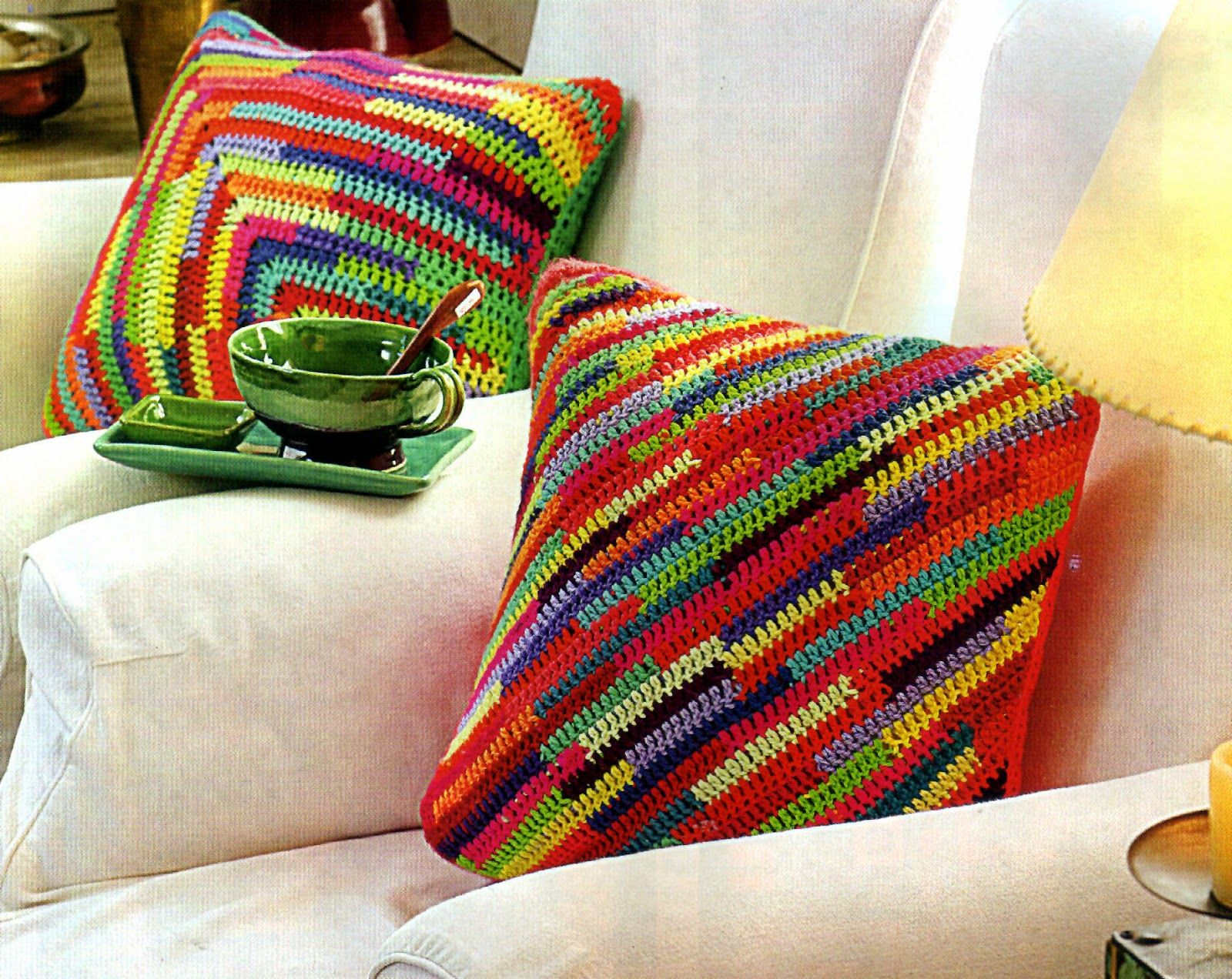 Tejidos artesanales en crochet almohadones multicolor tejidos en crochet cojines tejidos - Cojines de lana ...