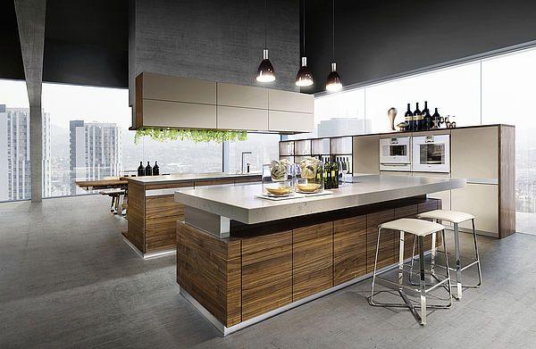k7 Küche in Nussbaum mit lux Barhocker und k7 kochinsel