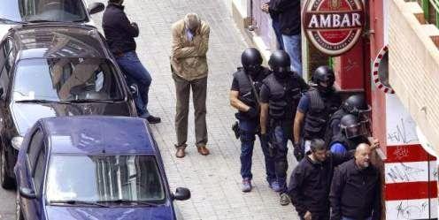 Todos Policías: El hombre atrincherado durante 20 horas en un bar ...