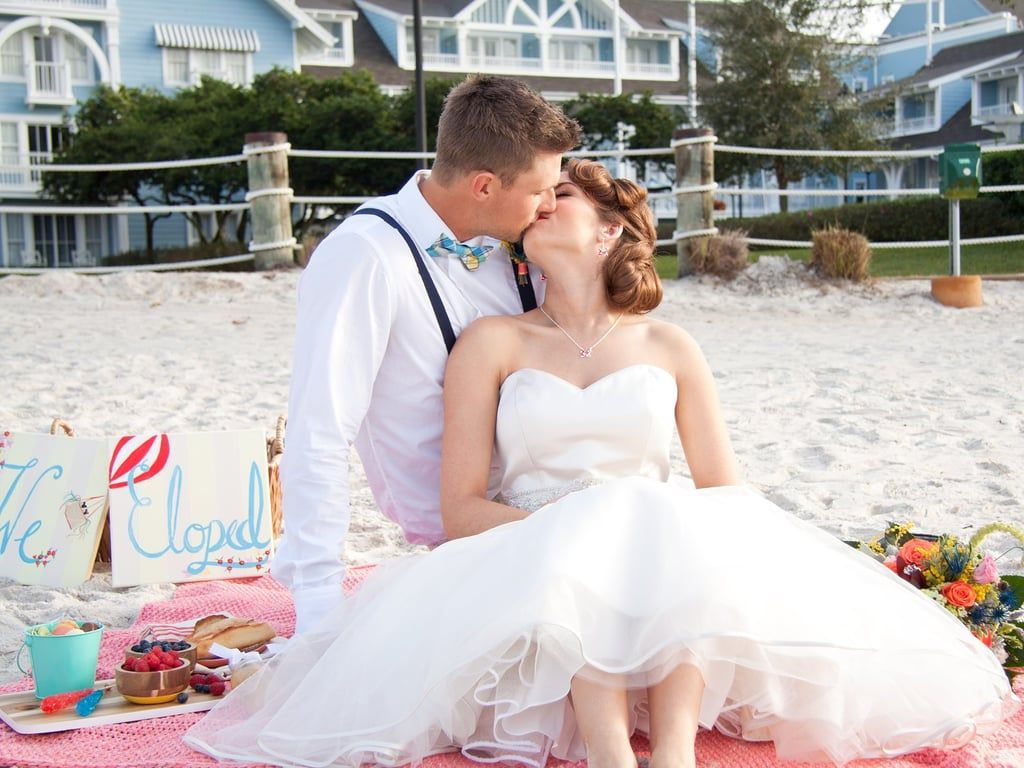 This Sweet Shoot Proves A Disney Elopement Can Be Inexpensive And Subtle Orlando Wedding Photographer Disney World Wedding Detroit Wedding Photographer