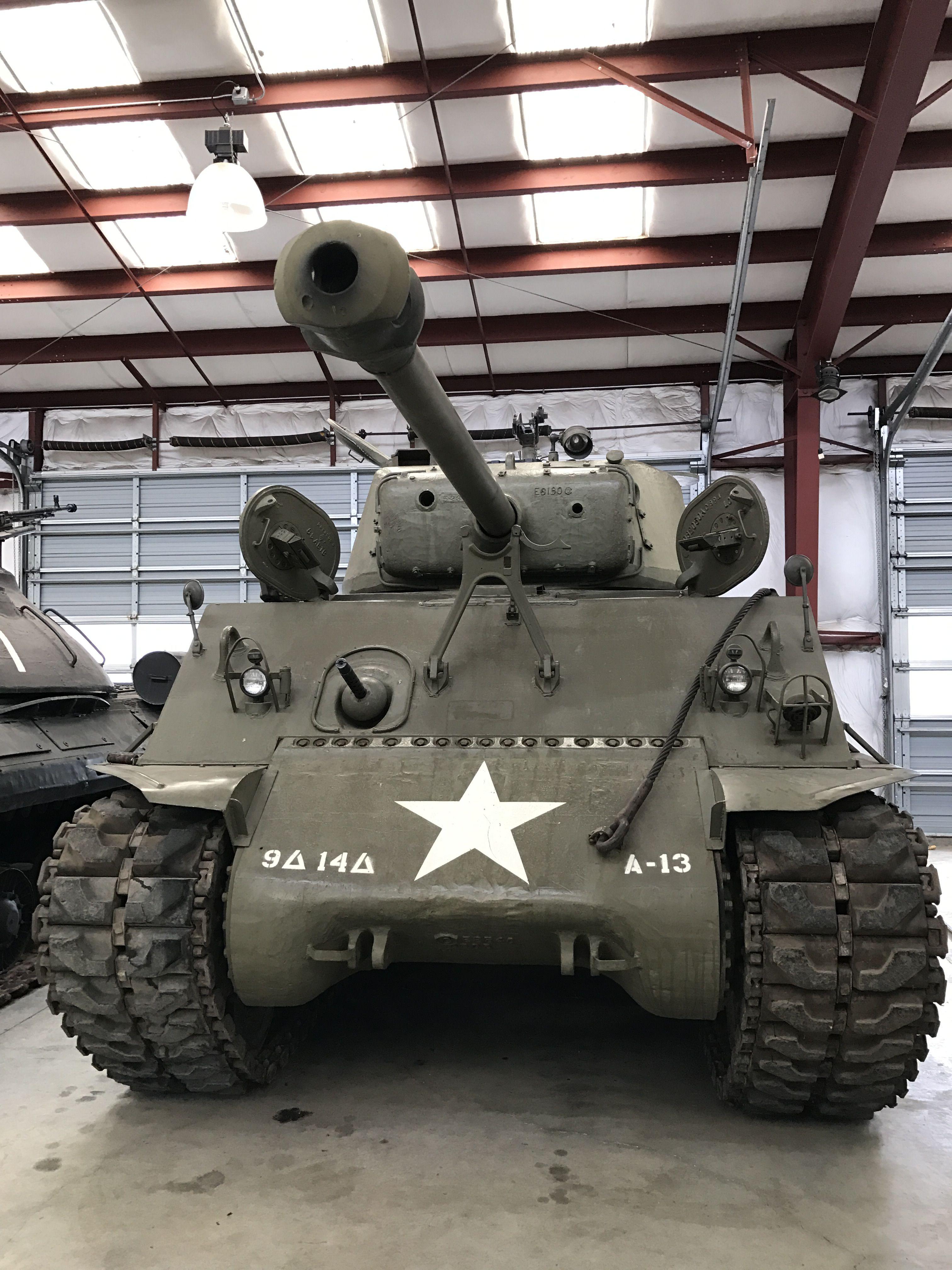 M4A3(76)W Sherman.