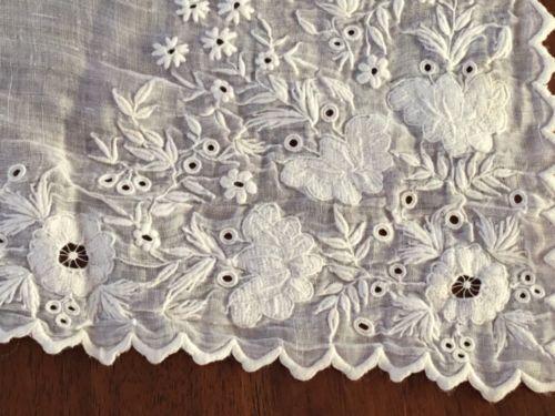 вышитый платок