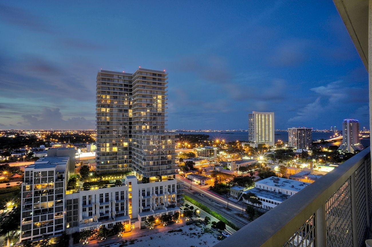 View Of Midtown 2 San Francisco Skyline Midtown Miami