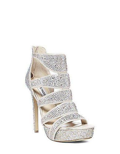 957682a925d47 Shoes