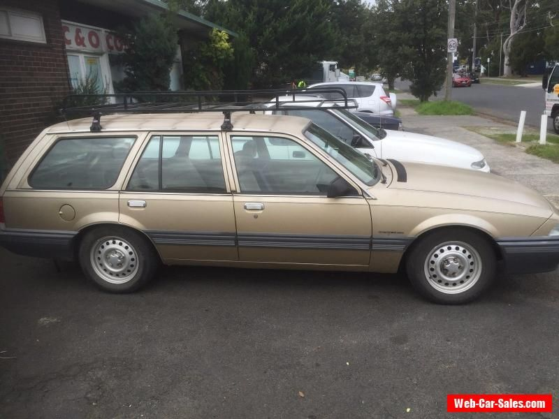 VL COMMODORE WAGON OLD CARS CAR NEEDS THE REG PAID #holden #vl ...