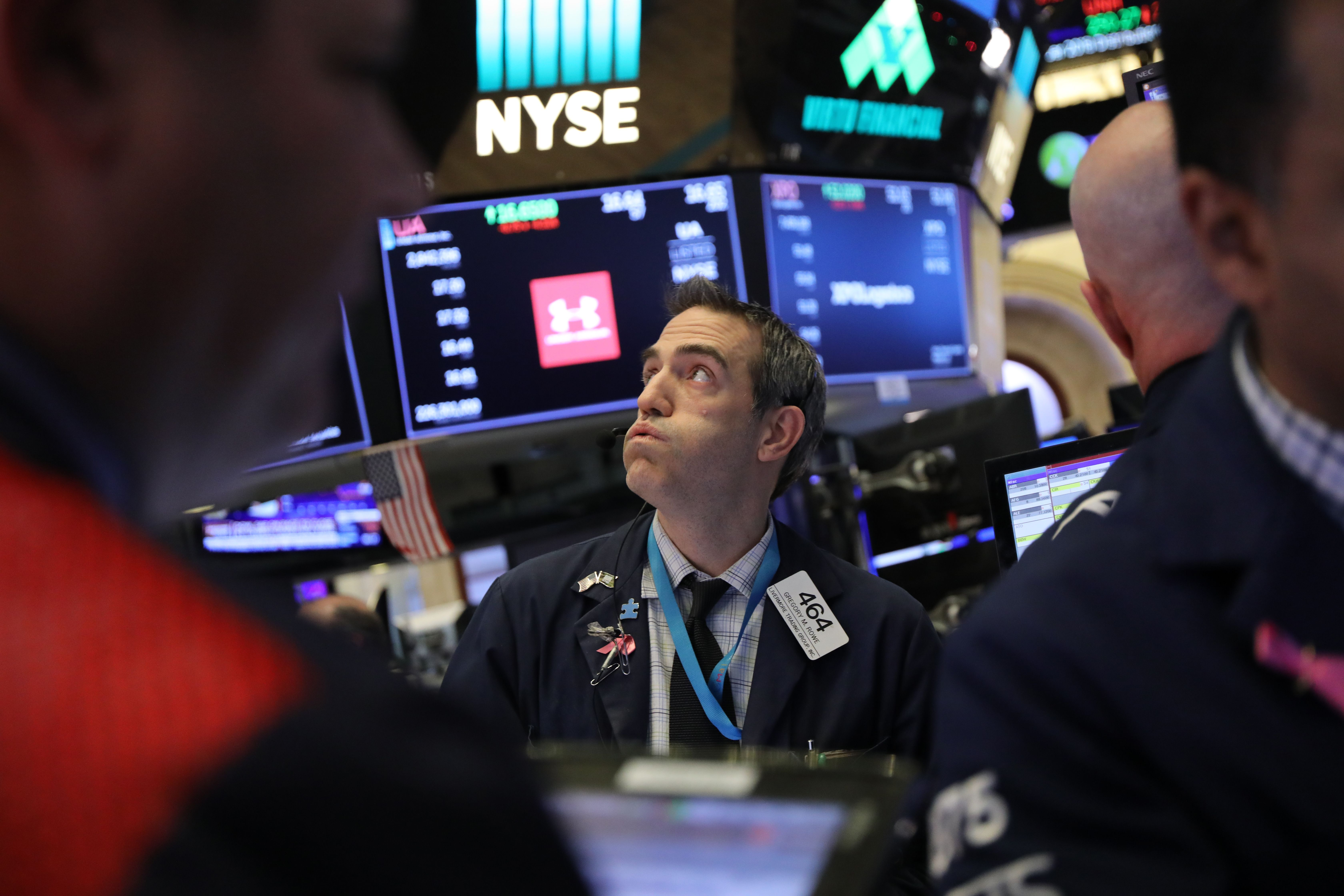 Dow falls more than 100 points as Apple leads tech slide