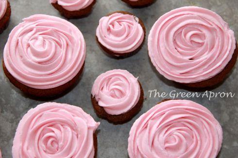 Dark chocolate cupcakes with raspberry buttercream - The Green Apron