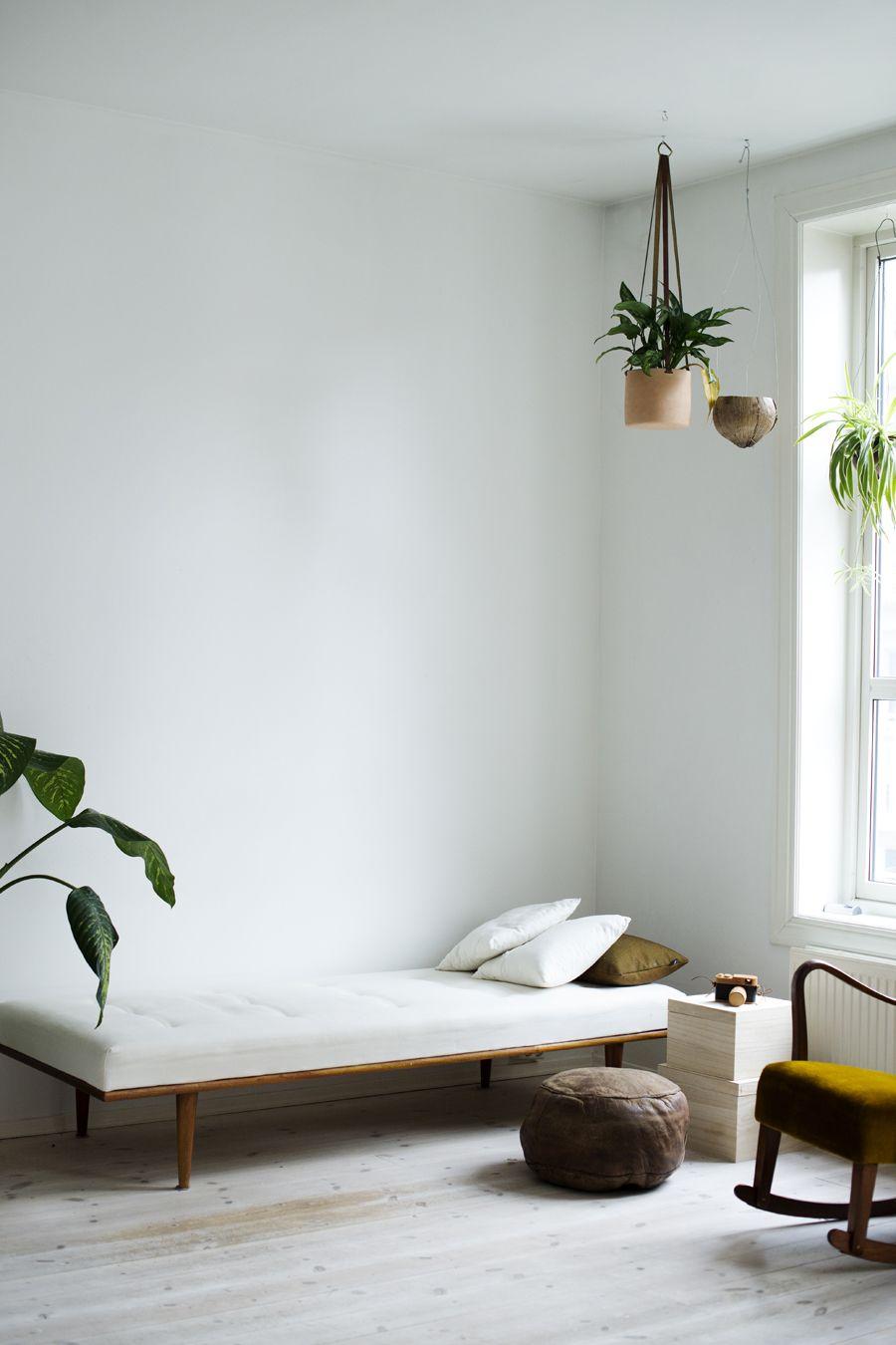 DIY dagseng hos Charlott Pettersen Minimalist bedroom
