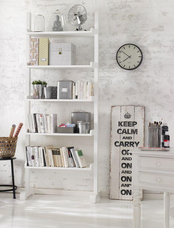 car m bel ideales b rom bel das hohe regal bietet. Black Bedroom Furniture Sets. Home Design Ideas