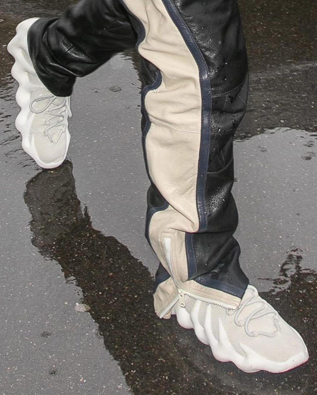 Kanye Yeezy 451 Kanyewest Yeezy Yeezy451 Yeezyseason8 Yeezy350 Yeezy700 Yeezy500 Yeezyboost Yeezyboost350v2 Sneaker In 2020 Kanye Yeezy Yeezy Yeezy 500
