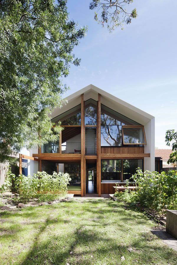 Sustainable House In Northcote Vic Australia A Project By Bkk Architects Architektur Haus Haus Architektur Architektur Haus Design