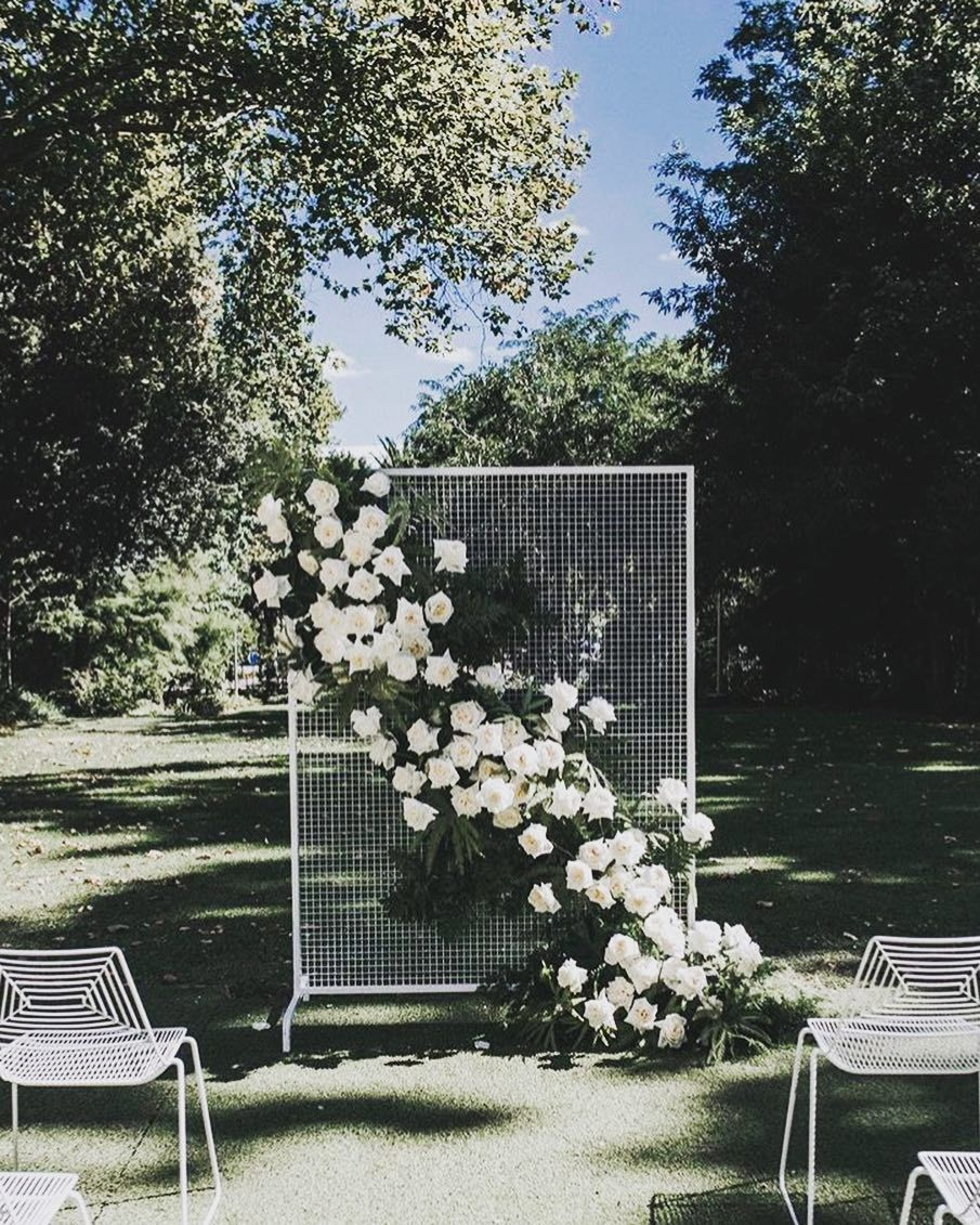 Outdoor Wedding Ceremony No Music: One Mesh Screen, So Many Uses! Use As A Ceremony Backdrop