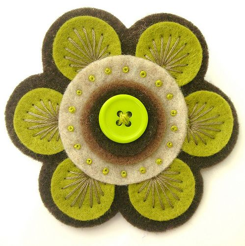 70S FELT BROOCH | Flickr - Photo Sharing!