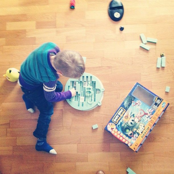 The name of the game is #AngryBirds #StarWars #Jenga #DeathStar. Echt waar. Zo staat het op de doos. - @annavanherreweghen- #webstagram