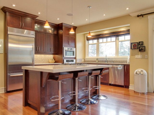 Impressive paint color ideas for kitchen with cherry for Cherry kitchen cabinets wall color