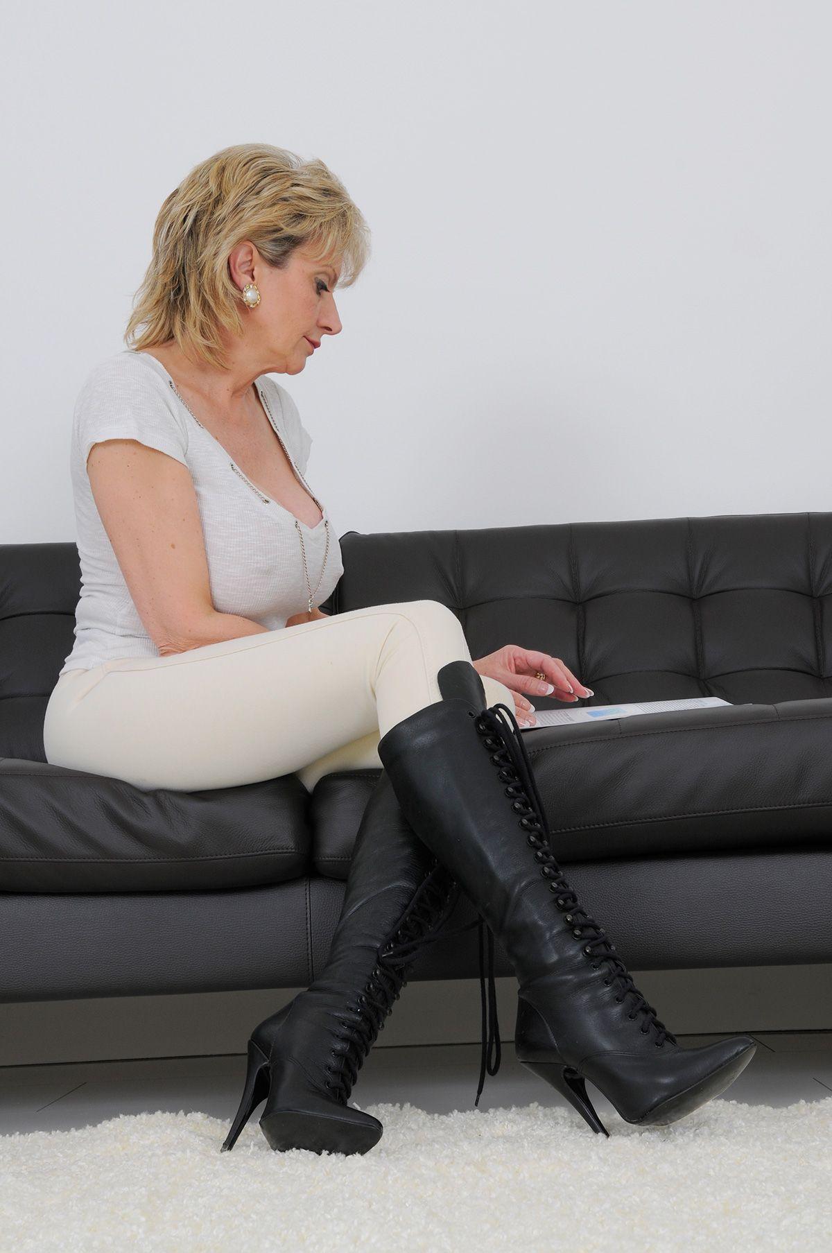 Смотреть lady-sonia онлайн