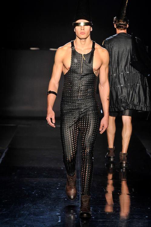 Hombre De Moda Futurista Moda Hombre Ropa Masculina