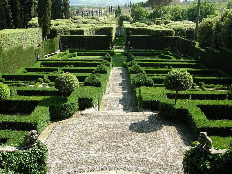 Beautiful Cecilpinsent The Green Garden At I Tatti Was Pinsent S First Attempt To Recreate A Garden In Italienischer Garten Mediterraner Garten Gartenanlage