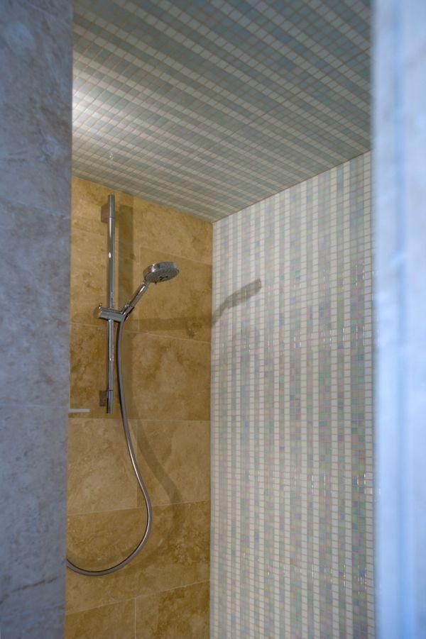 Moderne Badrenovierung- Idee, Planung Und Gestaltung Von Minosa ...
