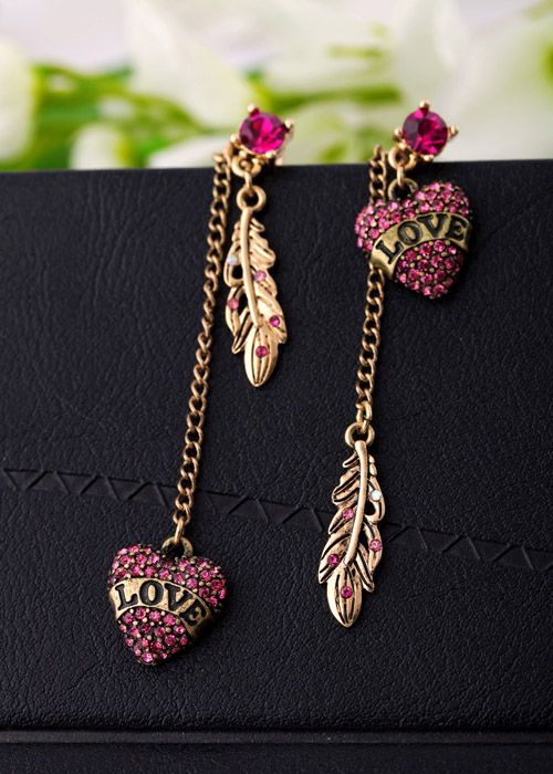 Pair of Unsymmetrical Rhinestoned Heart Pendant Earrings For Women (AS THE PICTURE) | Sammydress.com