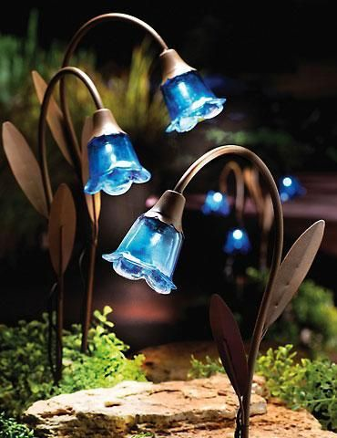 Set Of 3   Blue Bell Stake Solar Lawn Lights Garden Decor $19.95