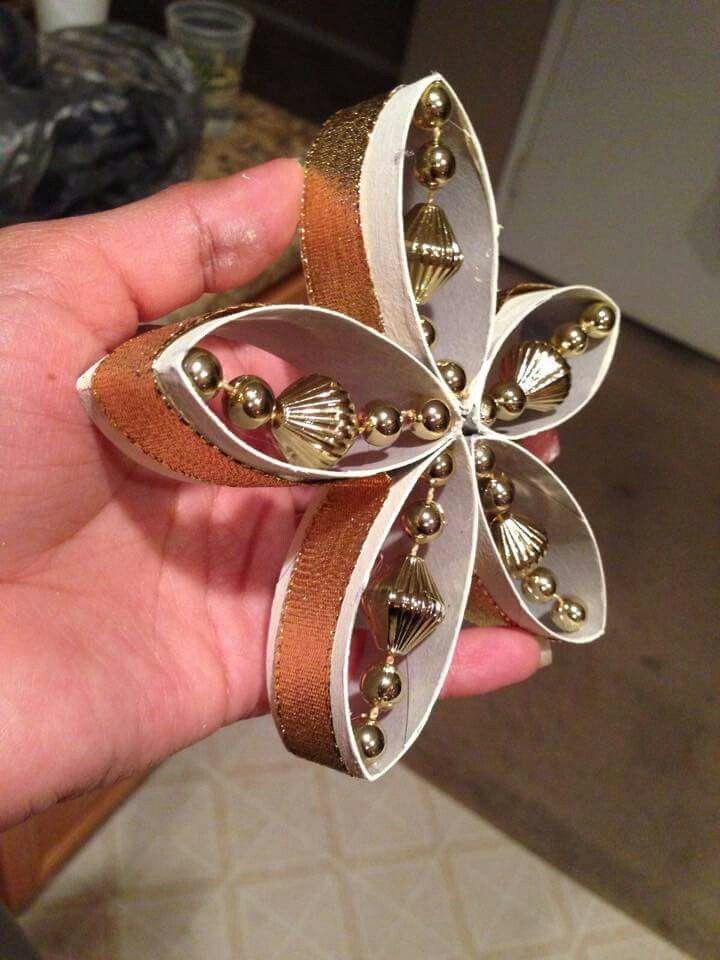 Flor hecha con cart n del rollo de papel de ba o navidad - Papel para banos ...