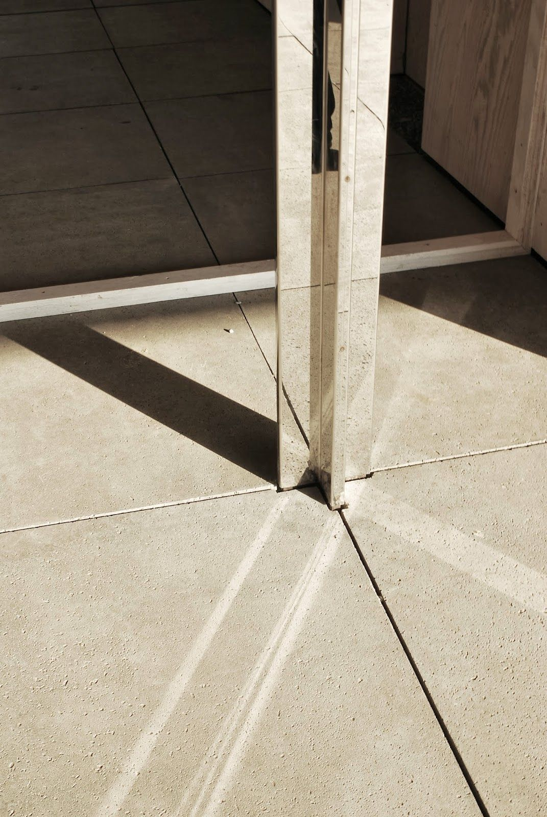 Architectuul on in 2018 details pinterest for Floor pillars