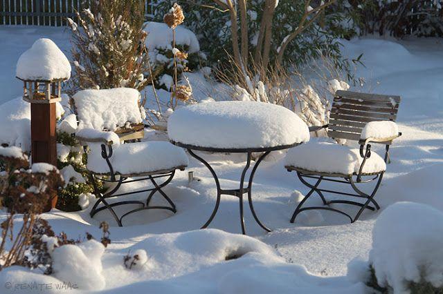 Garten Im Winter garten im winter schneebedeckte garpa fontenay stühle und tisch