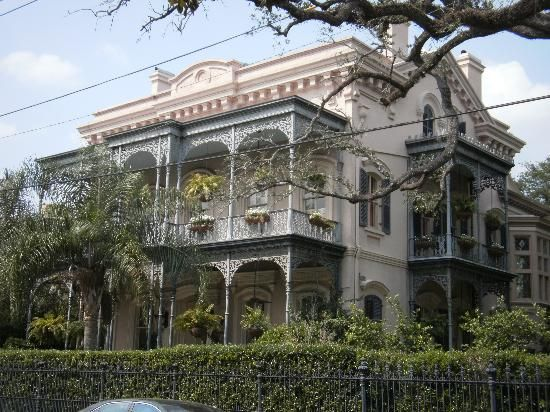Ann Rice S House In The Garden District With Images New