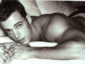 William Levy.....almost to pretty to be a man!!!