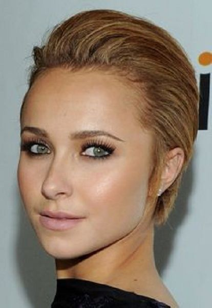 Hayden Panettiere Short Slick Back