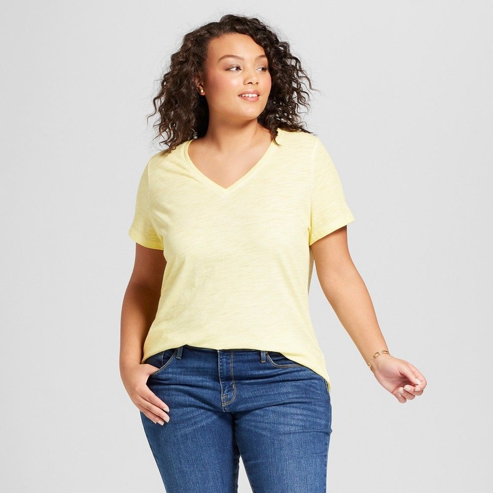 5b7311c4b48 Women s Plus Size V-Neck T-Shirt - Ava   Viv Yellow 1X