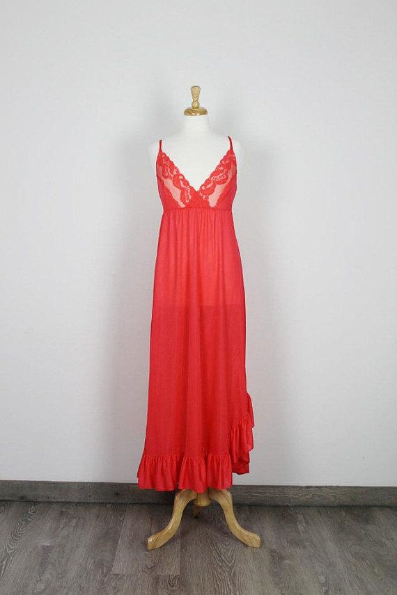 Red Vintage 80s Nightgown 01ae511c1