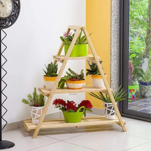 15 Functional Indoor Ladder Planter Ideas