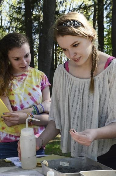 Students Get Hands On Envirothon Competition Teaches Real Life Lessons At Saratoga Spa State Park Saratoga Spa Ballston Spa Spring Kids