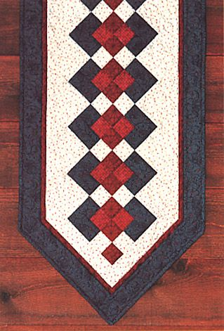 Free Table Runner Patterns Quilt Patterns for the table - table runners, tablecloth ...