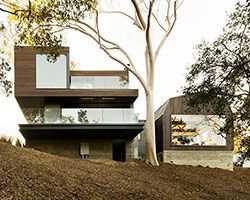 oak pass residence by walker workshop doubles as home and venue