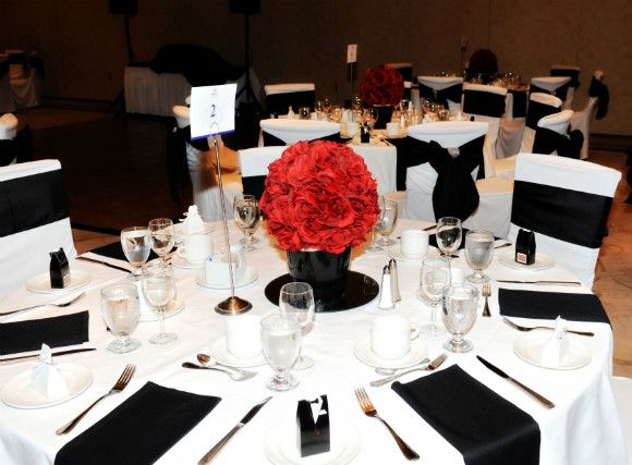 A Classic Black White And Red Wedding In Dorchester Ontario