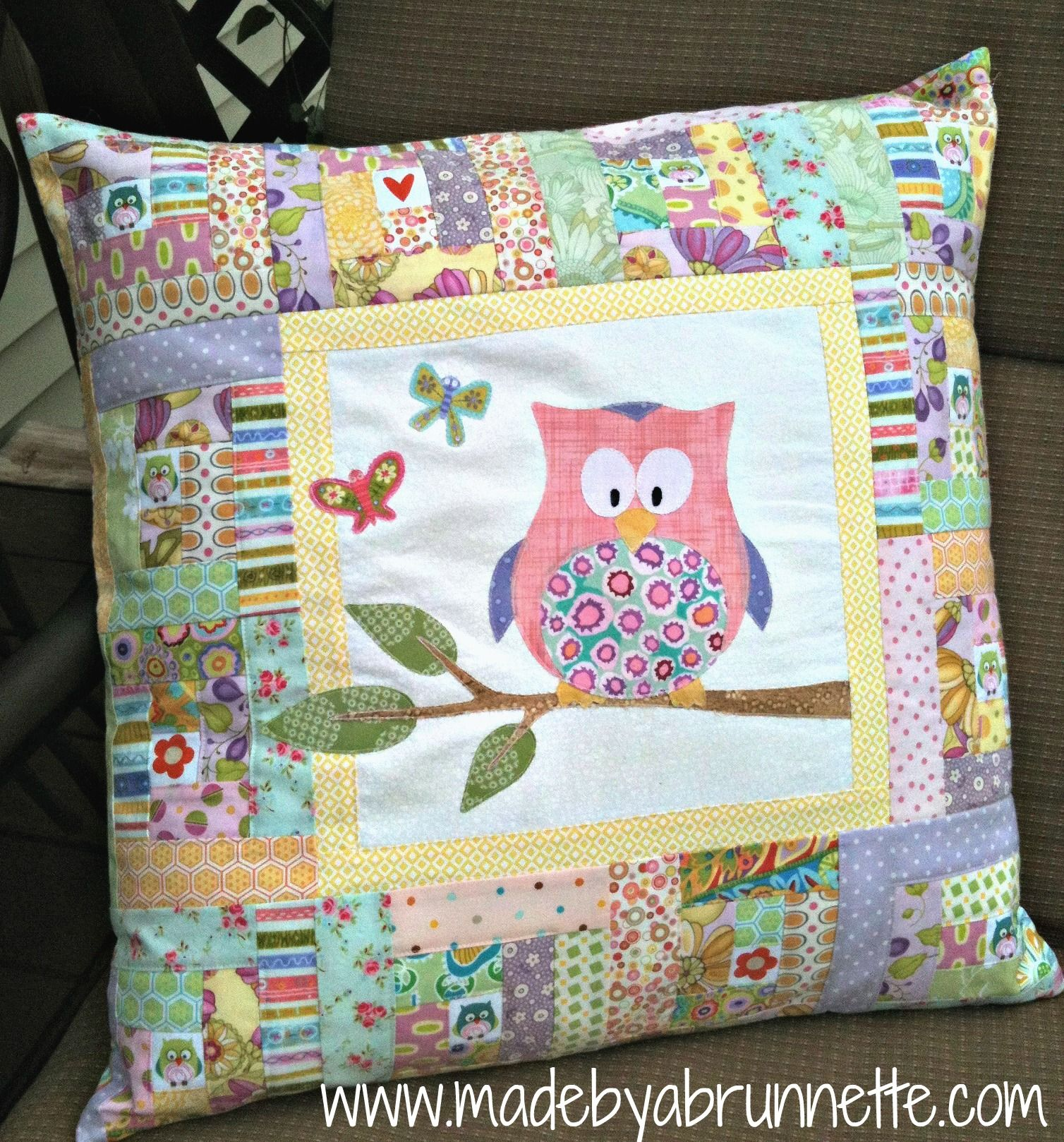Zoe Grace Owl Butterfly Log Cabin Modern Quilt Pillow-IDEA no real directions & Pretty in pink (and purple too) | Quilted pillow Log cabins and Owl pillowsntoast.com